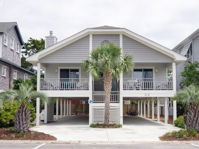 Photo for Pet friendly single family home steps from Banks Channel
