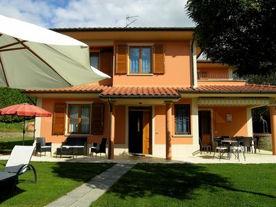 Photo for Lovely Villa in Loro Ciuffenna with Swimming Pool