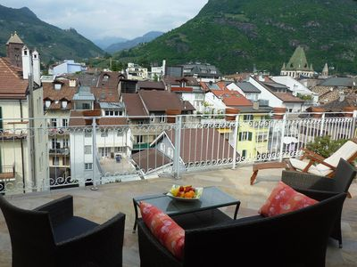 Photo for in old town, luxuriously equipped with sunny roof terrace