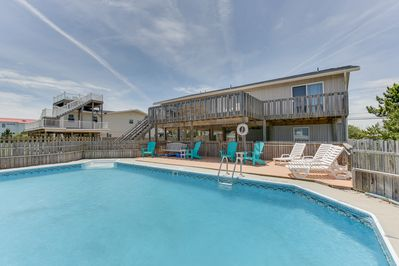 Beautiful 5 Bedroom Beach House With A