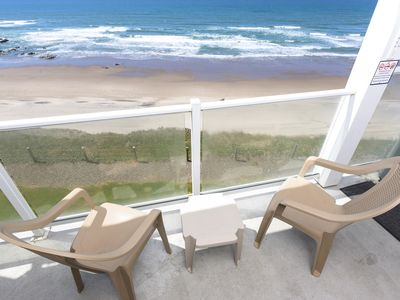 Photo for Hot Tub, Oceanfront w/ Upper Floor Views from Master
