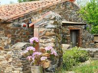 3 beatiful weeks spent at El Jiniebro. I can surely recommend this rural house to other people.
