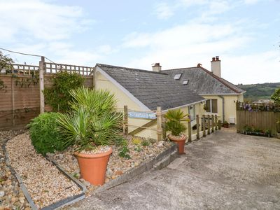 Photo for DRIFTWOOD, family friendly, with a garden in Lostwithiel, Ref 936232