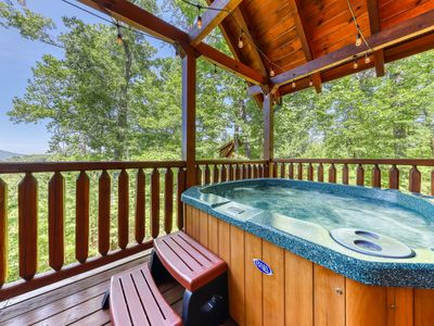 Photo for Exquisite, spacious log cabin w/ private hot tub, furnished deck, & great views