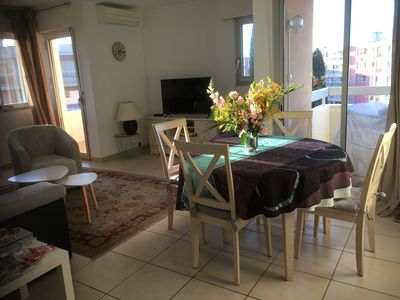 Photo for Spacious and quiet apartment, 300m from the sea