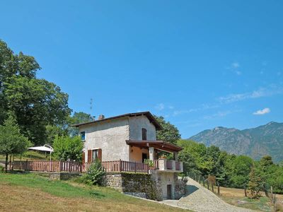 Photo for Vacation home Margherita  in PORLEZZA (CO), Lake Lugano - 7 persons, 3 bedrooms