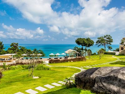 Photo for Oceanfront Villa for 8 Guests, Infinity Pool, Exercise room, BBQ + Parking