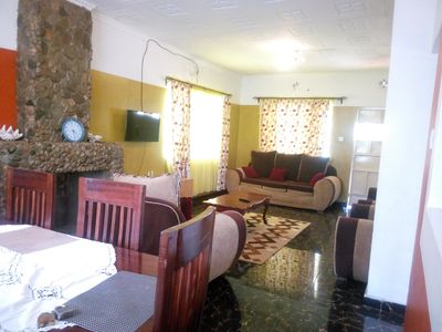 Photo for Luxurious, 3-bed bungalow fully furnished