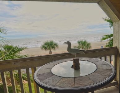 Unobstructed VIEW OF BEACH frm Balcony/HOT SPA/2 Pools; Close to all attractions