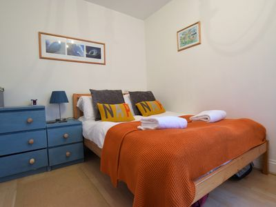 Photo for Welcoming 1 Bed apartment - 7 minutes walk from Railway station