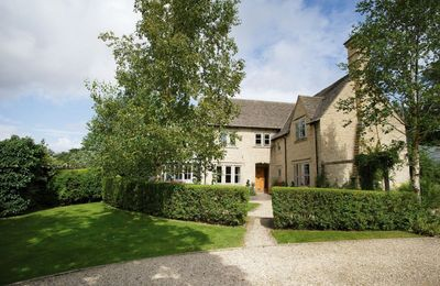 Photo for Hunter Court is a beautiful property set in the idyllic Cotswold village of Clanfield