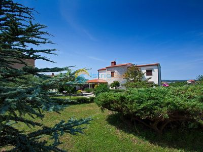 Photo for Apartment 944/2378 (Istria - Medulin), Romantic accommodation, 300m from the beach