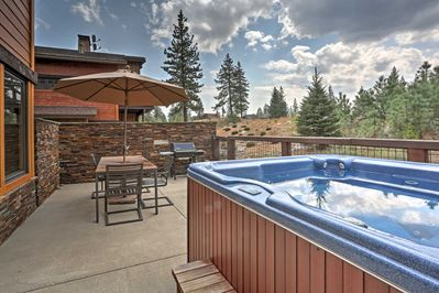 Melt your stress away in the hot tub while you revel in the sweeping meadow views.