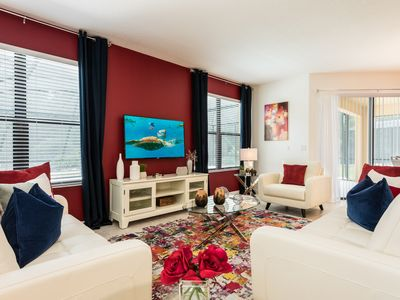 Photo for Amazing 4 bedroom suites, 10 min from Disney