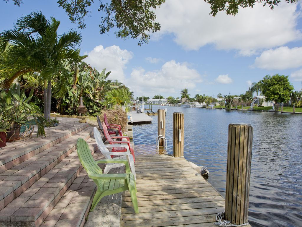 Tropical Retreat Florida Waterfront And Pool Home Close To The Beach Pompano Beach Florida