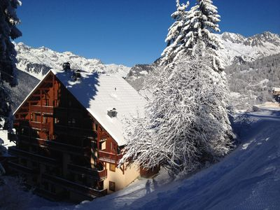 Chalet La Folie is on the top two floors.   Offering direct access to the piste