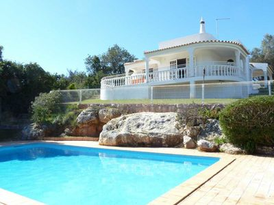 Photo for Lovely 3 bedroom Villa with pool tucked away in the country side near Albufeira