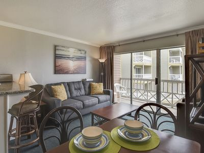 Victorian 5208's Playin' Hookie - private balcony with views of Gulf & pool!