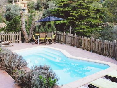 Photo for Pretty detached house located 10 min from Sa Riera beach.Consists of living- dining room w