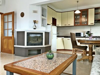 Photo for Spacious apartment in Finida-Umag, WiFi, air-conditioned, parking, garden