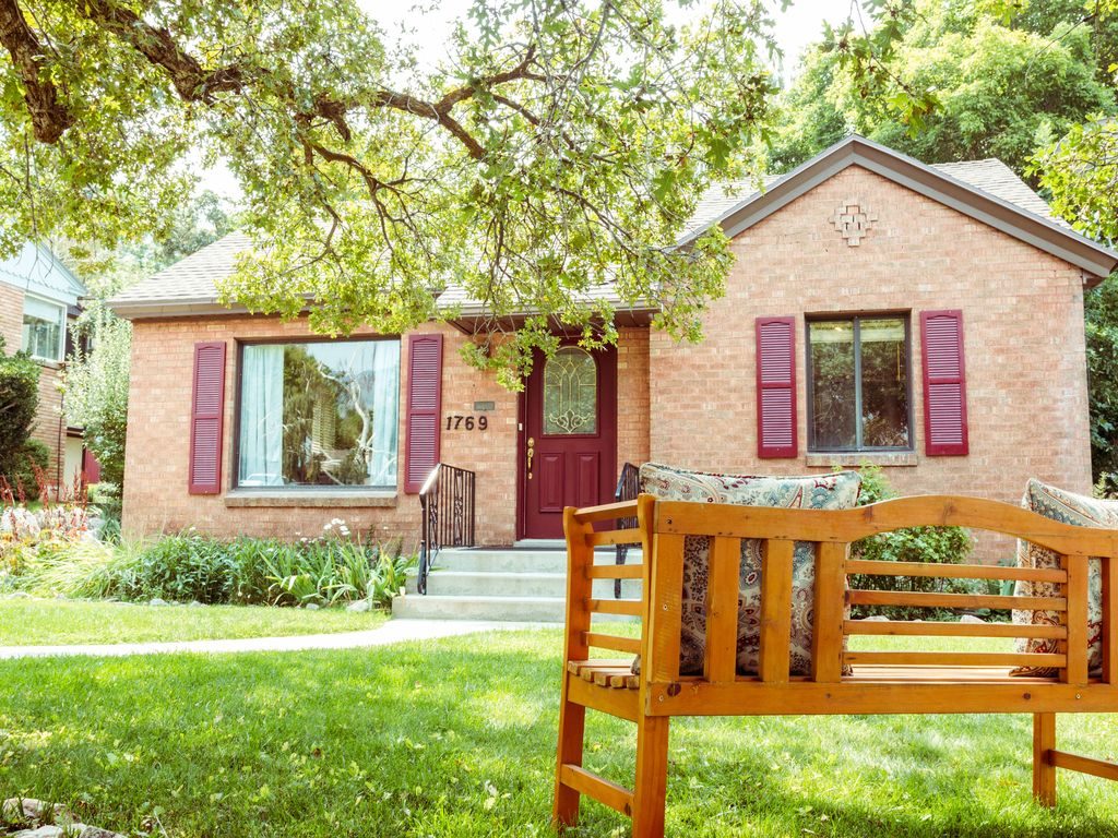relax on the east bench of ogden and play a vrbo