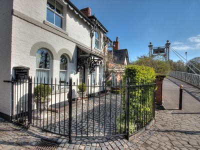 Photo for Beautiful period cottage, exceptional riverside location in the heart of Chester