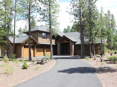 Photo for Luxury five star 5 Bedroom Caldera Springs Cabin, Bend Oregon