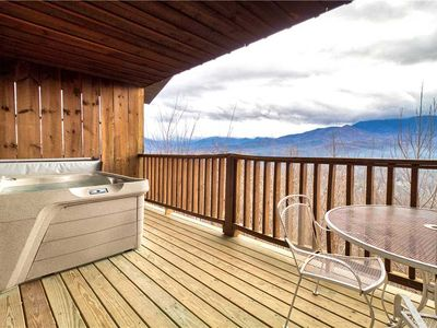 Photo for Park View 2, 2 Bedrooms, Mountain View, Hot Tub, Sleeps 4
