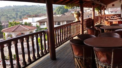 Photo for Family-Friendly Villa near Shopping & Culture outlets w/ Ecotourism & Zip-Lines