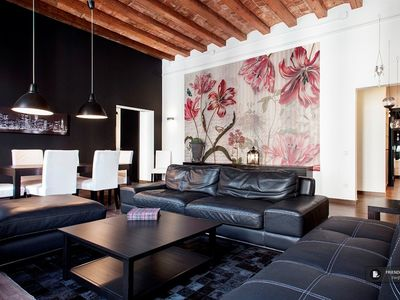 Photo for Friendly Rentals The Midtown Mariscal IX Apartment in Barcelona