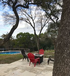 Photo for Fun lake Travis house with pool! Walk to Stewart Marina and Sundancer Grill