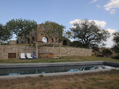Photo for Wonderful  villa for 8 people with WIFI, pool, A/C, panoramic view and parking, close to Montalc...