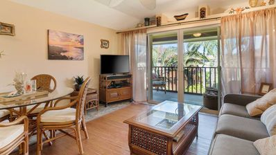 Photo for Kona Isle Condo- WiFi/Complex Pool/Laundry/Beach Access