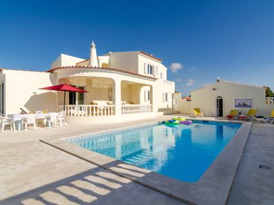 Photo for Villa V5 with private pool and snooker