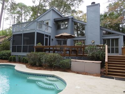 Poolside screened porch and upper sundeck accessed from Hemingway bedroom.  Provides great poolside views.