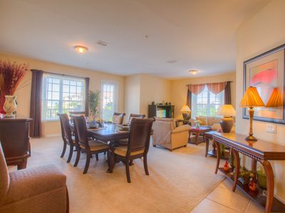 Photo for Third floor luxury 3-bedroom, 2-bath condo with all the bells and whistles.