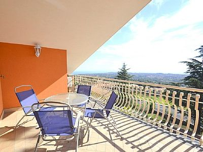 Photo for Appartamento Ribes F: A graceful apartment, with Free WI-FI.