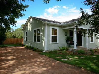 Photo for Absolutely Charming Bungalow 309, 2/1 Cottage in town, Close to Main Street fun!