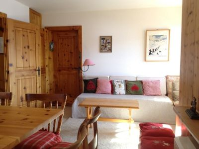 Photo for Outside : 3-room flat for 4 persons on the 1st floor, large terrace with garden furniture -Inside :