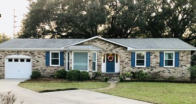 Photo for Mt Pleasant Charmer - Close to Beaches and Downtown Charleston