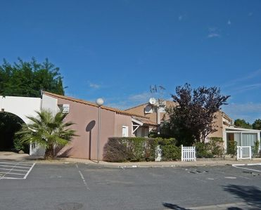 Photo for 1BR Villa Vacation Rental in Languedoc-Roussillon, Hérault