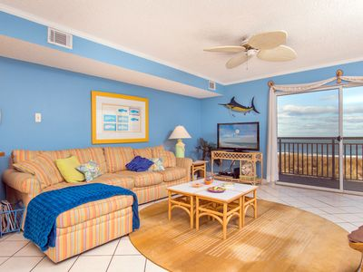 Photo for Million dollar ocean view from your living room!