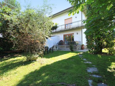 Photo for 4 bedroom Villa, sleeps 5 in Forte dei Marmi with Air Con and WiFi