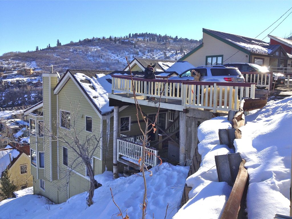 Ski in and Out Twin home Sleeps 2324 on Pa  VRBO
