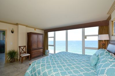 Master Bedroom With King Bed & Direct Oceanfront Views