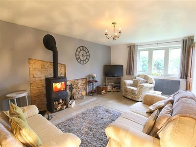 Photo for Honeystone Cottage, MORETON-IN-MARSH