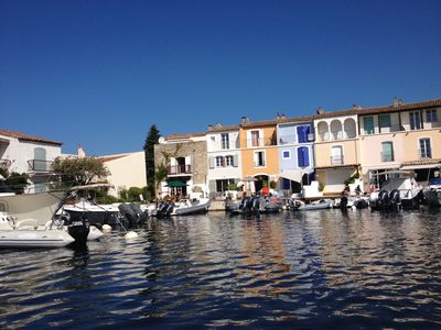 Photo for House at the water's edge with 4 bedrooms with 8pers Mooring 10m