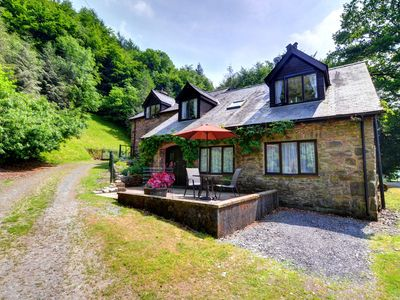 Photo for Comfortable rural annex overlooking the unspoilt countryside, situated a short distance from the pop