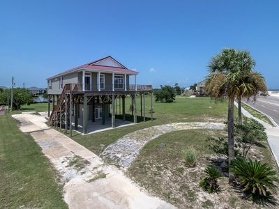 Photo for Bliss with a beach view!!!  This 1,512 sq. ft. home offers 3 bedrooms, 2 baths.