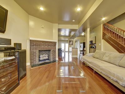 Photo for Modern Luxury, Warm Fireplace, Hdtv/Suite, Wii, Jacuzzi, Etc.